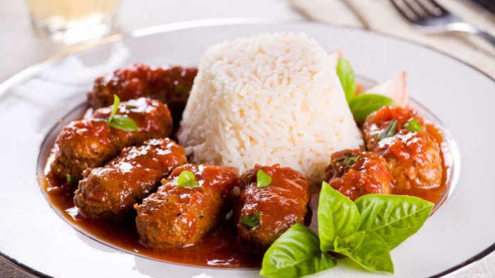 Traditional Greek Recipes: Soutzoukakia Smyrneika (Baked Meatballs in Tomato Sauce)