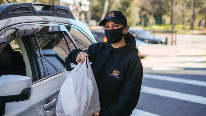Hellenic Club of Canberra get innovative during lockdown with takeaway Drive-Thru